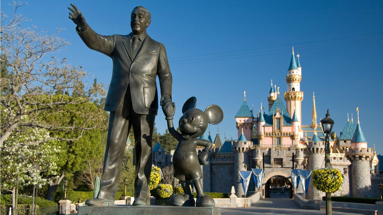 hotels-around-disney-anaheim