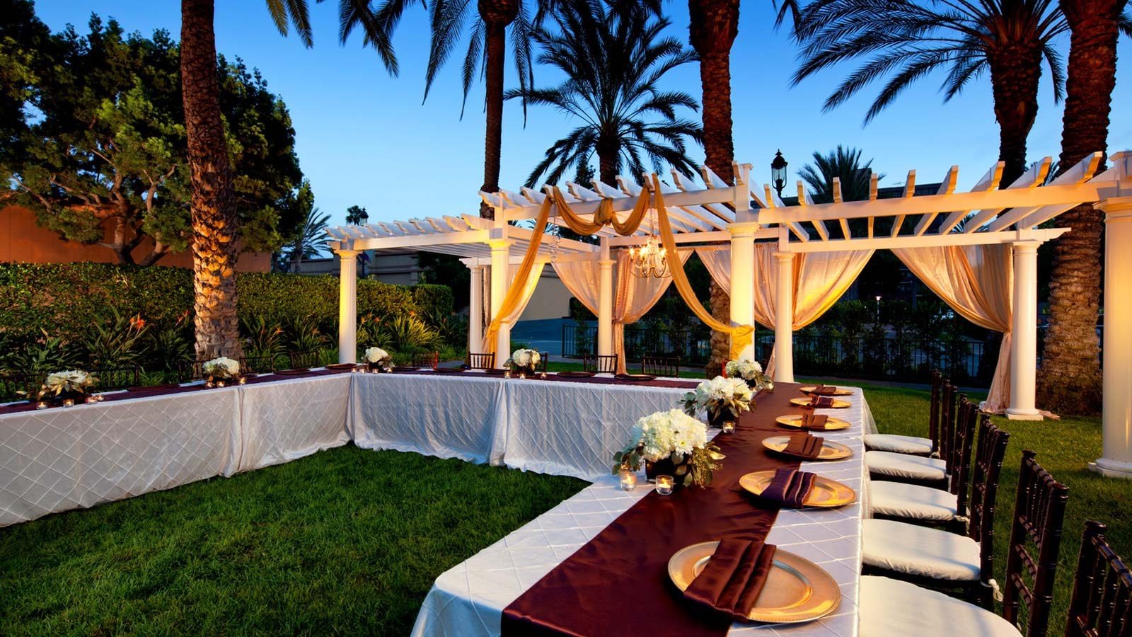 Sheraton Park Hotel at the Anaheim Resort - Wedding Packages